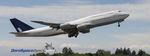 Boeing 747-8 PIP Flight Test Begins